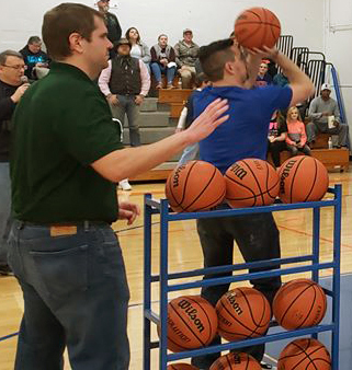 free throw shooting contest with shooter